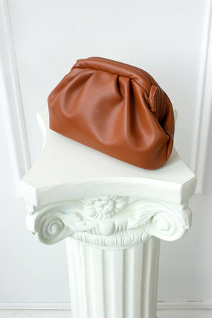 Le Pouch Clutch Bag - saddle brown