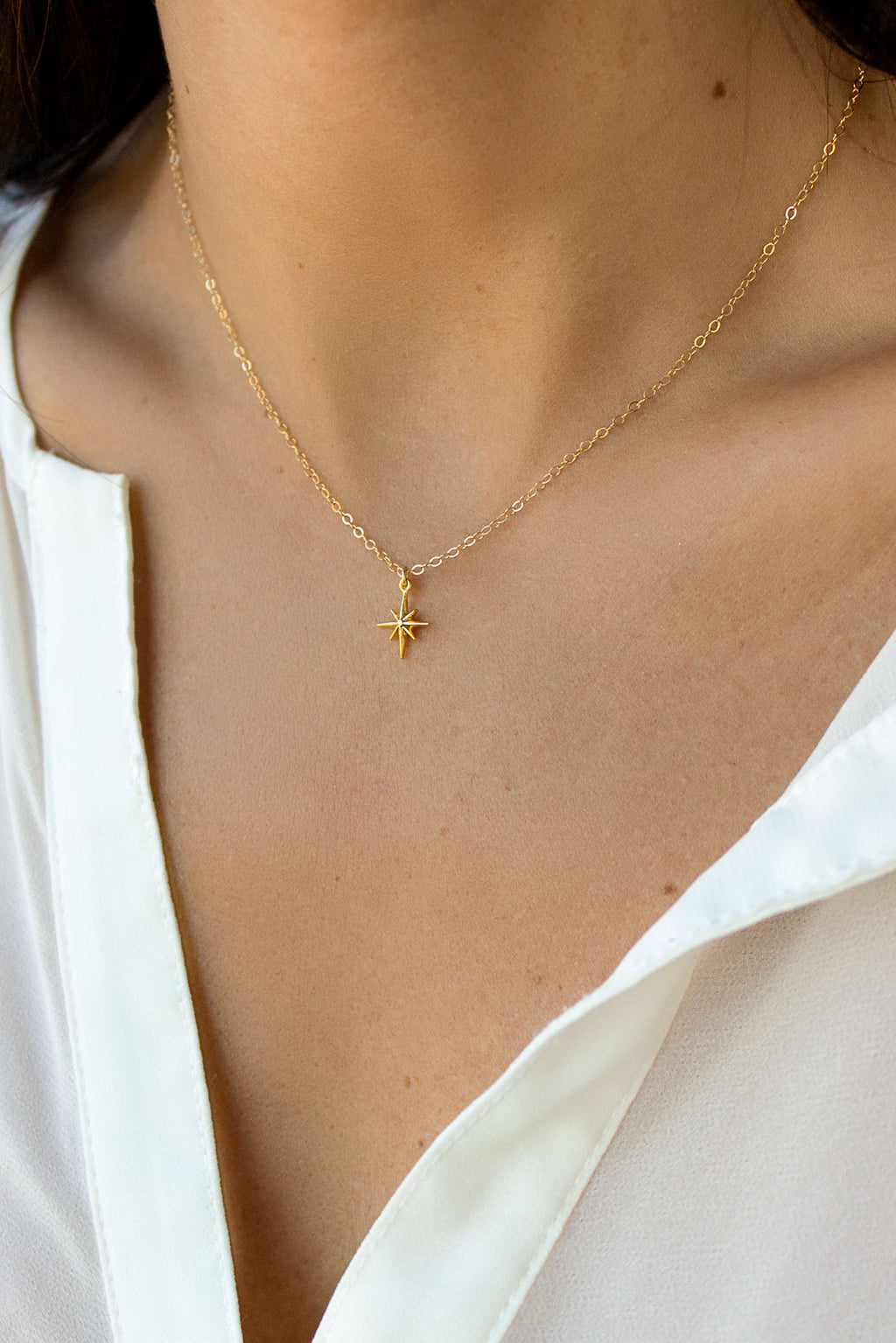 dainty star necklace