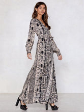 Dovechic Fashion V-neck Leopard Print Long Sleeves Maxi Dress