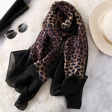 Elegant Fashion Leopard Gradient Warm Scarf
