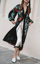 Sexy V Collar Long-Sleeved Print Belt Long Jacket