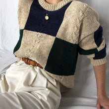 Women's Colorblock Round Neck Sweater
