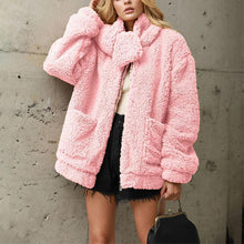 Urban Leisure Loose Detachable Plush Coat