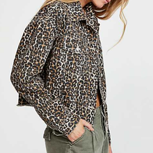 Women's Fashion Leopard Printed Long-Sleeved Jacket