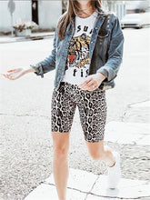 Fashion Leopard Slim Fit Short