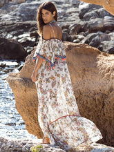 Dovechic Split-joint Printed Spaghetti-neck Maxi Dress