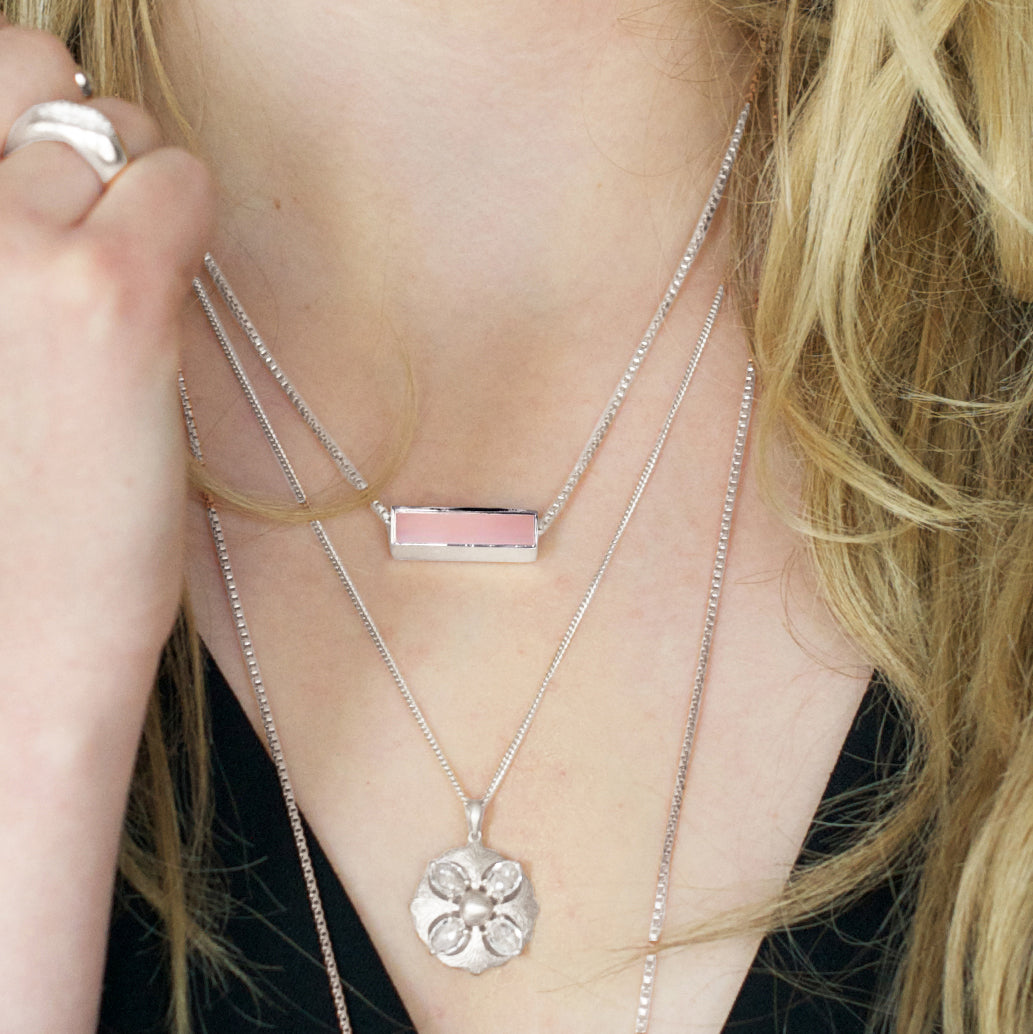 MINI JOY REVERSIBLE NECKLACE - PINK CHALCEDONY & GOLD