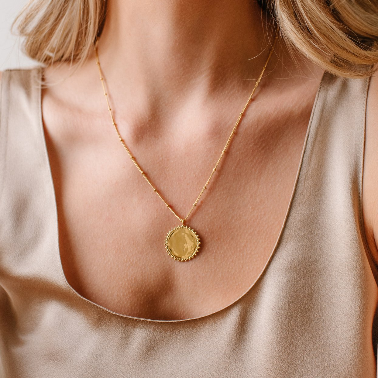 BELIEVE SOLEIL COIN PENDANT NECKLACE - GOLD - SO PRETTY CARA COTTER