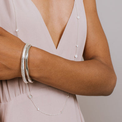 BRAVE OVAL BANGLE - SILVER - SO PRETTY CARA COTTER