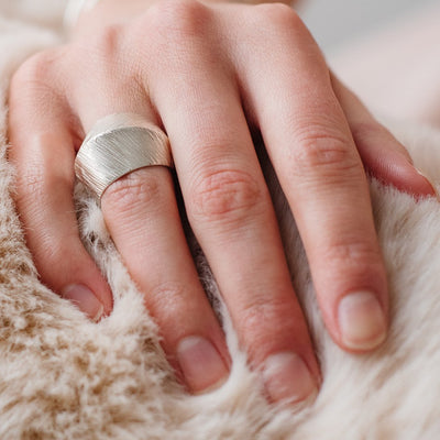 BRAVE RING - SILVER - SO PRETTY CARA COTTER