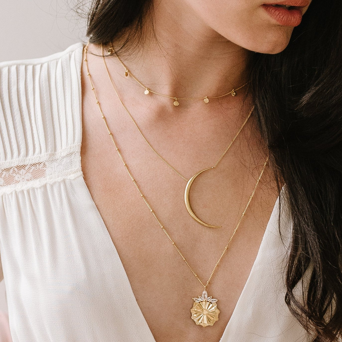 DAINTY POISE DISK NECKLACE - CUBIC ZIRCONIA & GOLD - SO PRETTY CARA COTTER