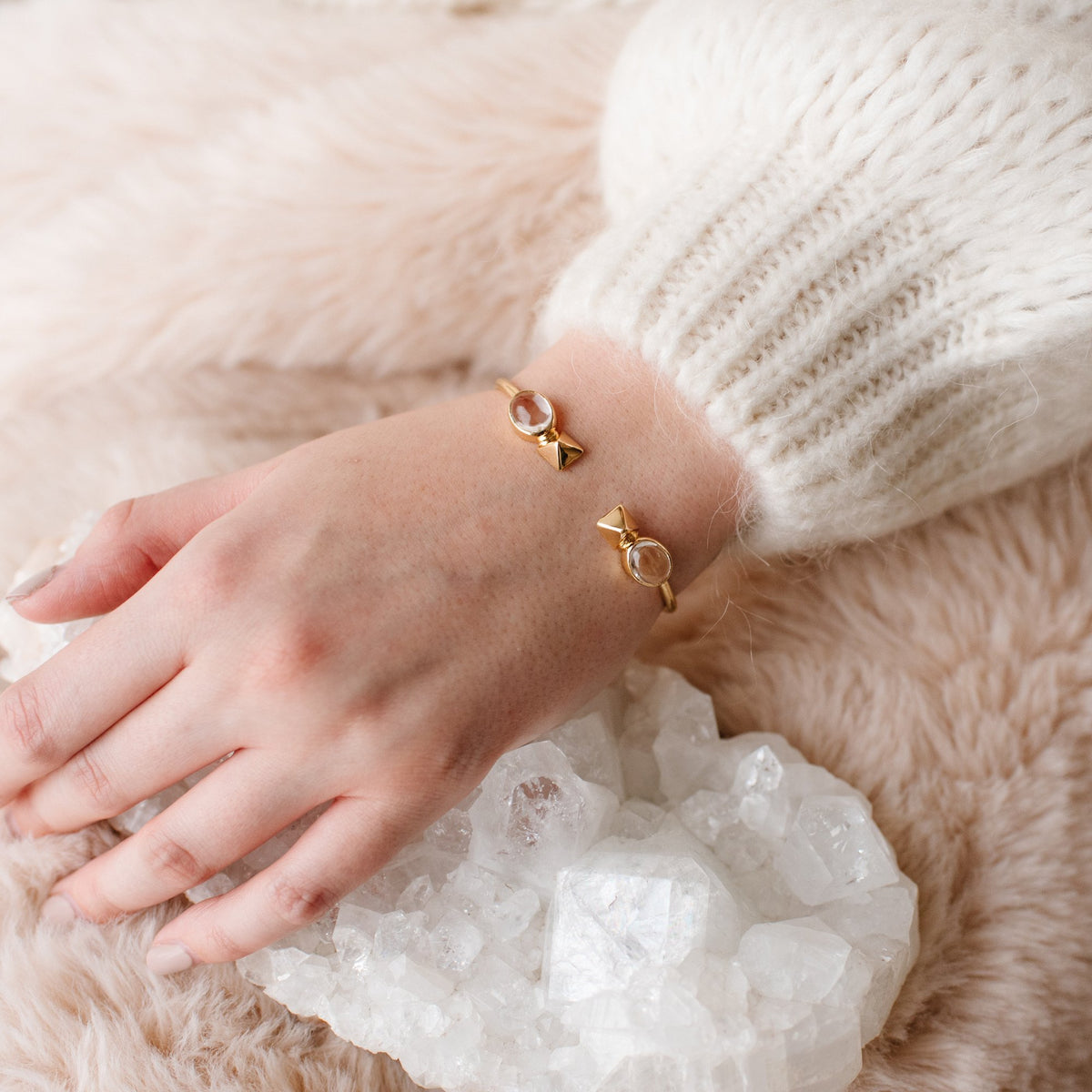 GLEE CUFF - ROCK CRYSTAL & GOLD - SO PRETTY CARA COTTER