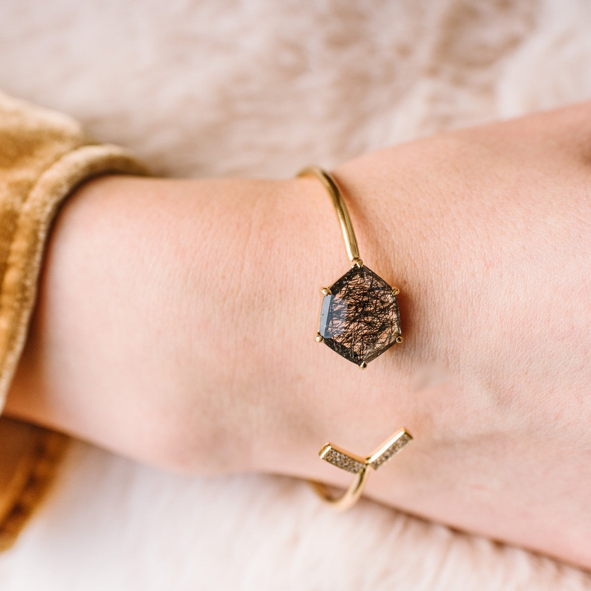 HONOUR SHIELD LOVE CUFF - BLACK RUTILE & GOLD - SO PRETTY CARA COTTER