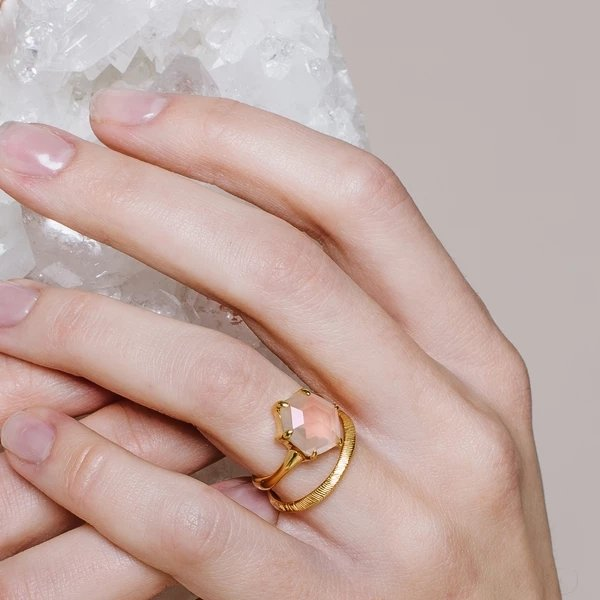 HONOUR SHIELD RING - PINK QUARTZ QUARTZ & GOLD - SO PRETTY CARA COTTER