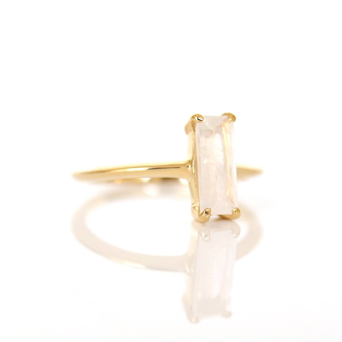 LOYAL RING RAINBOW MOONSTONE & GOLD - SO PRETTY CARA COTTER