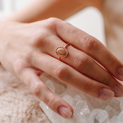 MINI BELIEVE SOLEIL OVAL RING - ROSE GOLD - SO PRETTY CARA COTTER