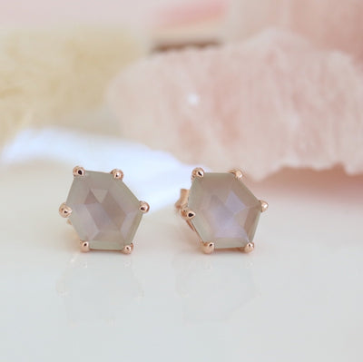 MINI HONOUR SHIELD STUD EARRINGS - GREY MOONSTONE & ROSE GOLD - SO PRETTY CARA COTTER