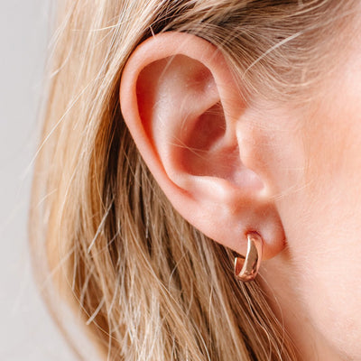 POISE HUGGIE HOOPS - ROSE GOLD - SO PRETTY CARA COTTER