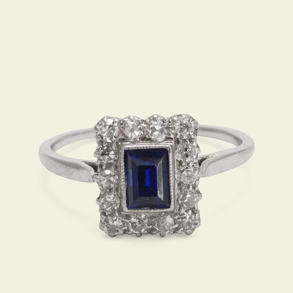 Edwardian Platinum Portrait Sapphire and Diamond Ring