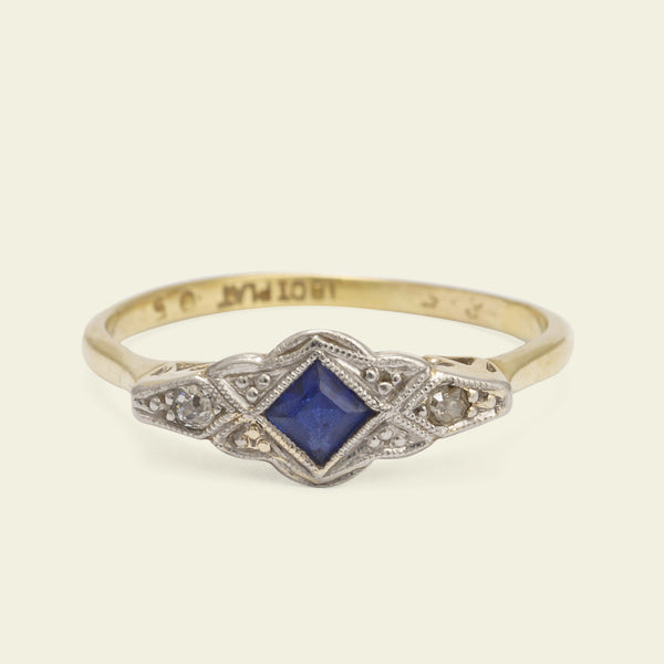 1920s Sapphire Dress Ring with Rose Cut Diamonds