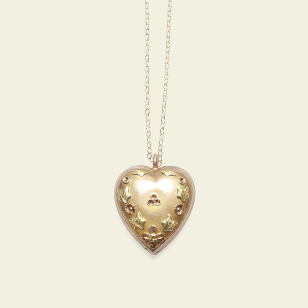 Regency Tricolor Gold Heart Necklace