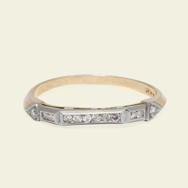 1940s Arrow Two-Tone Diamond Wedding Band