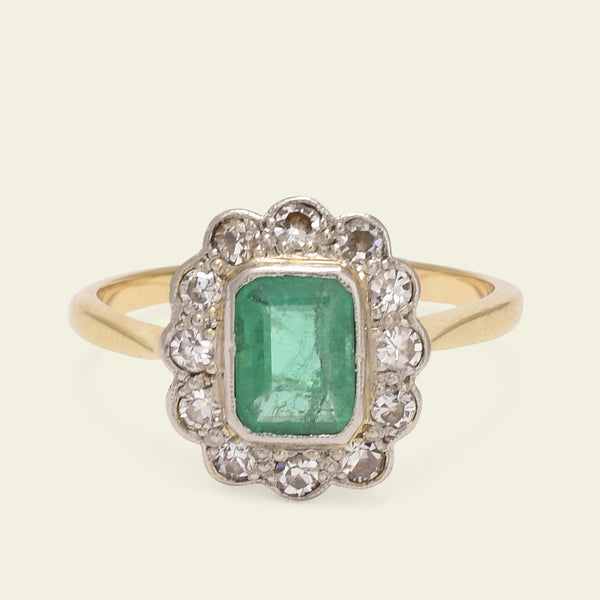 1920s Emerald and Diamond Cluster Ring