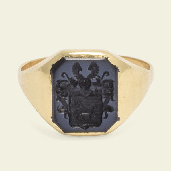 Victorian Paschal Lamb Coat of Arms Nicolo Onyx Intaglio Ring