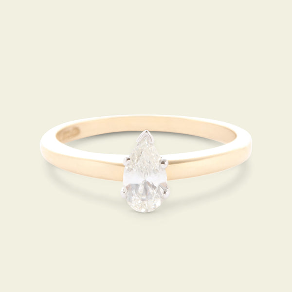 Vintage .38ct Pear Cut Diamond Solitaire