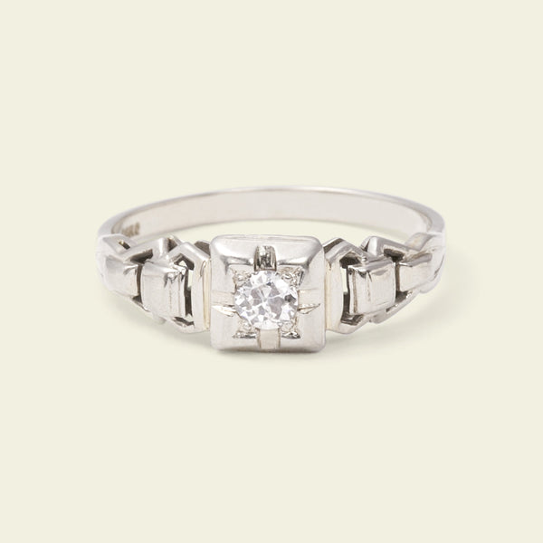 Art Deco Linked Shoulder Diamond Solitaire
