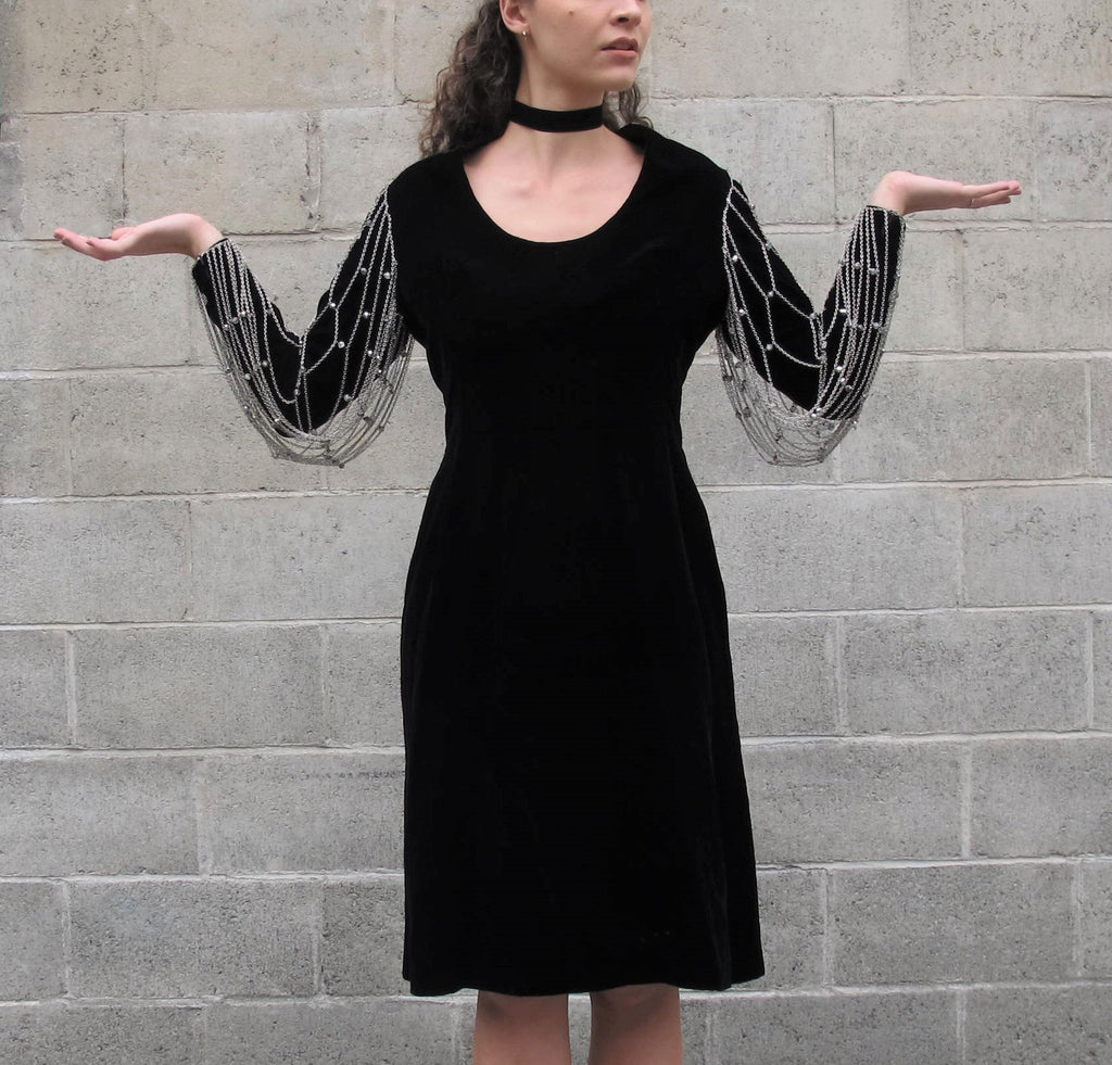 Vintage 1960s CHAIN SLEEVES Dress Murray Arbeid London Dress Beaded Goth Black Velvet Dress Long Sleeve Formal Cocktail Party Dress L