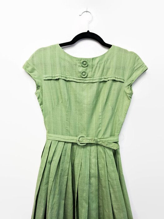 Vintage 1950s Green Cotton Dress Sweet Pea Green Dress Pleated Skirt Belted 50s Day Dress Buttons Light Green Dress Retro Belted XS