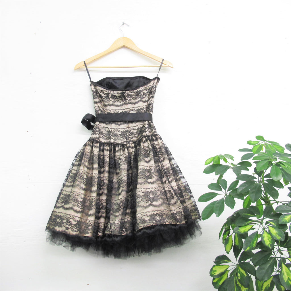 Vintage Tulle Floral Lace Party Dress 90s does 50s Jessica McClintock Dress Black Lace Satin Bow Strapless Dress Cream Cocktail Dress XS