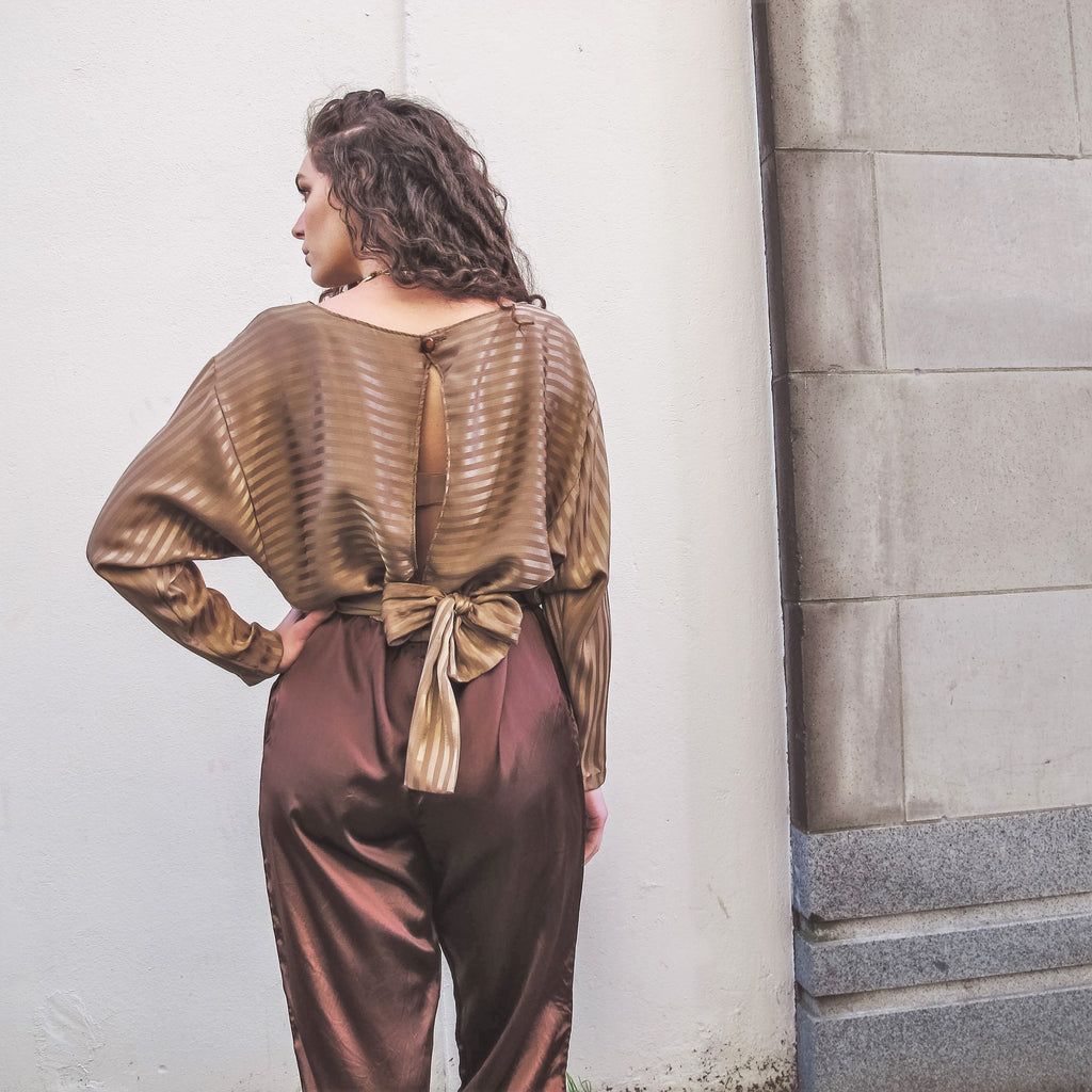 Vintage 70s 80s Jumpsuit Slouchy Pants Silky Satin Jumpsuit Striped Brown Taupe Two Tone Jumpsuit Cut Out Open Back Long Sleeve Jumpsuit XL