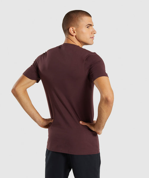 Gymshark Critical T-Shirt - Red 1