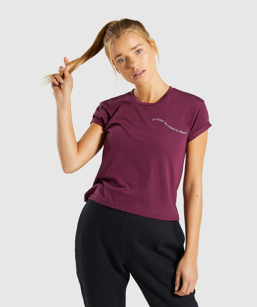 Gymshark Essential Be A Visionary Tee - Dark Ruby/White 4