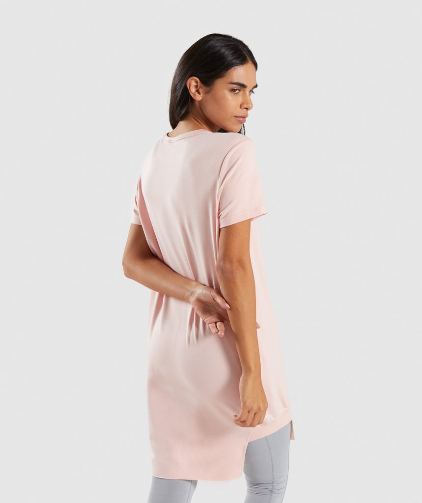 Gymshark Slounge Crescent T-Shirt Dress - Blush Nude 2