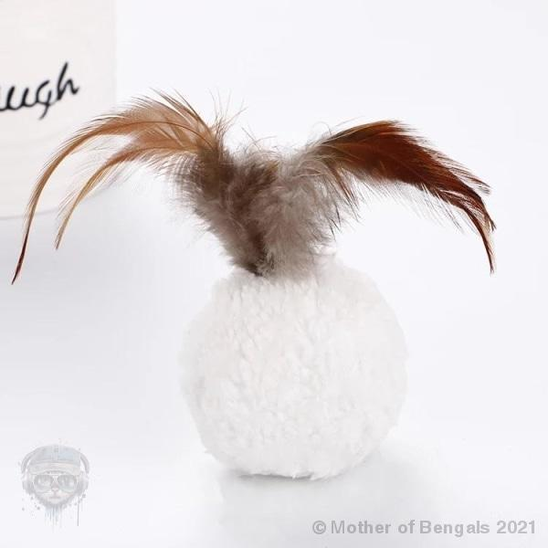 Furry & feathery catnip ball Mother of Bengals Cream