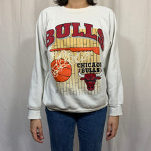 Load image into Gallery viewer, NBA Chicago Bulls Rim Crewneck