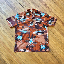 Load image into Gallery viewer, Vintage 60's-70's Made in Hawaii Button Down