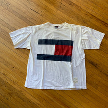 Load image into Gallery viewer, Tommy Hilfiger Big Flag T-Shirt