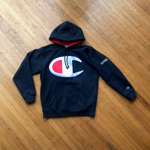 CONSIGN RV 1 : Supreme x Champion Big C Hoodie