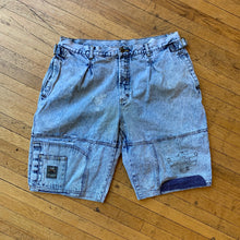 Load image into Gallery viewer, Lee Denim Air Gear Washed Denim Shorts