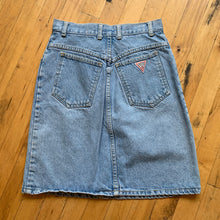 Load image into Gallery viewer, Guess Jeans Lightwash Denim Skirt