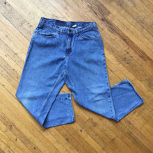 Load image into Gallery viewer, Levis 550 Orange Tag Husky Fit Denim Jeans