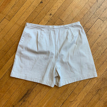 Load image into Gallery viewer, Dockers Khaki Skort