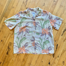 Load image into Gallery viewer, Liz Golf Neutral Aloha SS Woven