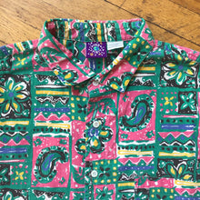 Load image into Gallery viewer, Pro Spirit Abstract Paisley and Floral SS Woven