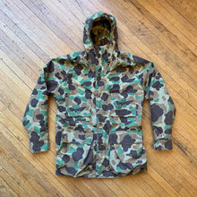 Load image into Gallery viewer, Woolrich Gore-Tex Duck Camo Jacket