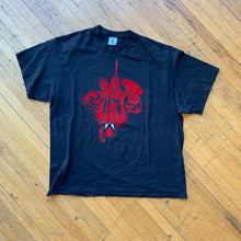 Load image into Gallery viewer, Spider-Man Hanging Felt T-Shirt